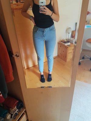 schöne Mom-Jeans