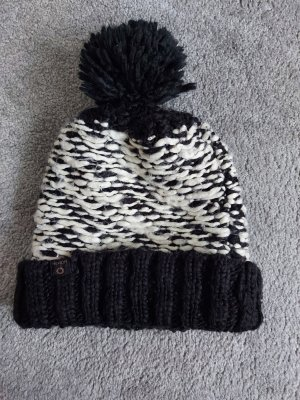 Nümph Knitted Hat white-black