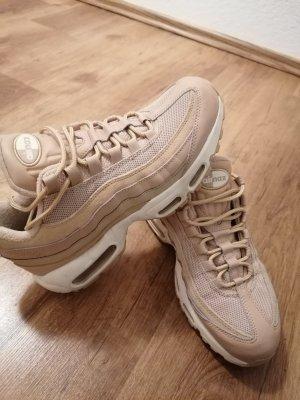 Schöne Nikes