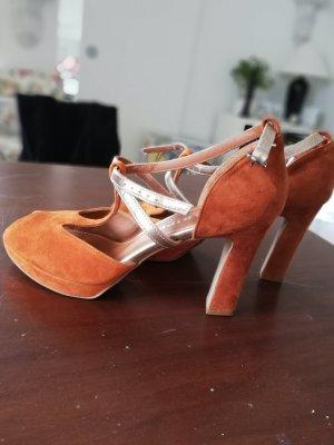 Schöne nur einmal getragene Sandalen Größe 38