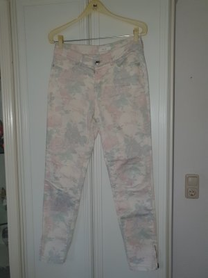 schöne opus jeans Blumen Pastellfarben Gr. 36