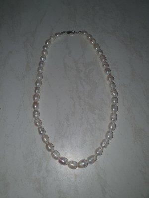 schöne Perlenkette von Schmuckrausch Neu