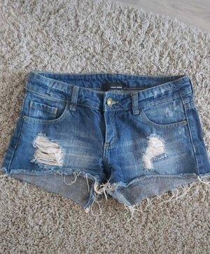 schöne Ripped Shorts