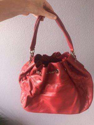 Schöne rote Beutel Tasche