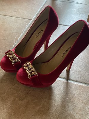 Schoene rote samt high heels Gr. 37