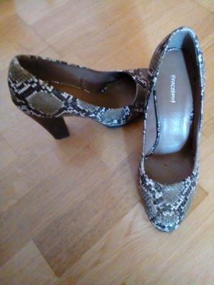 schöne Schuhe in Lederoptik, perfekt für jede Party