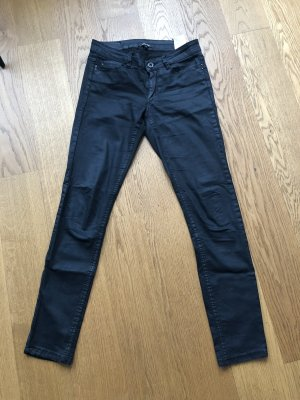 Schöne schwarze Hose Größe 34