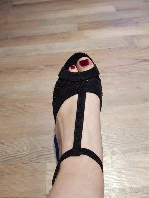 schöne schwarze Sandalette