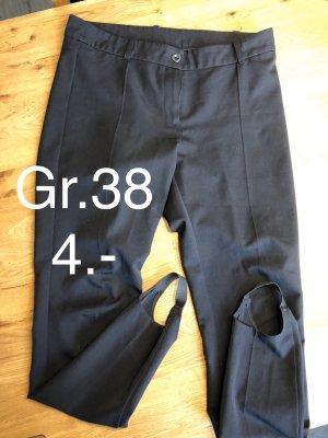 Pantalón con estribo negro