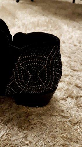 Schöne schwarze Stiefeletten mit Glitzer Detail