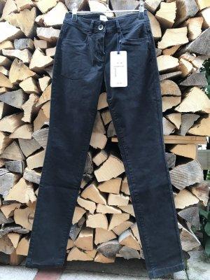 schöne, schwarze  Stretch-Hose von Tom Tailor Gr. 34
