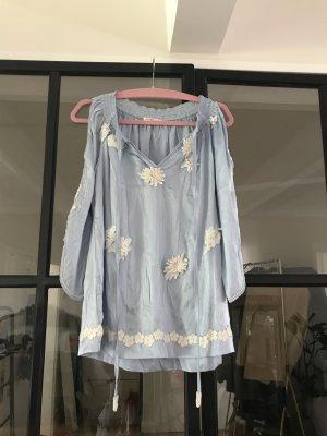 Schöne Seiden-Bluse/Tunika von Joyce & Girls mit tollen Stickereien und Perlendetails.