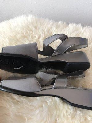 Schöne silbergraue Sandalen * aus Mikrofaser und echtem Leder * von Gabor