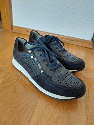 Avena Slip-on Sneakers white-black
