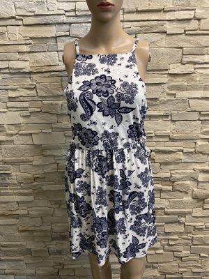 Schöne Sommer Kleid von Boohoo Gr 38