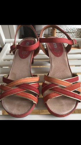 ara Sandalen met bandjes lichtrood