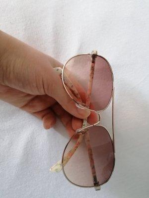 Owalne okulary przeciwsłoneczne biały