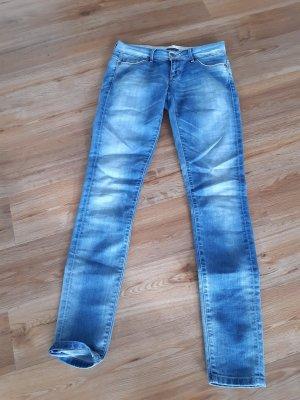 schöne sportliche Only Jeans