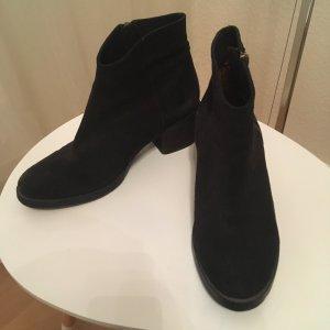 schöne Stiefel von der Marke: Unützer