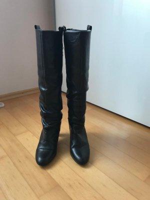 Schöne Stiefel von Zara Echtleder