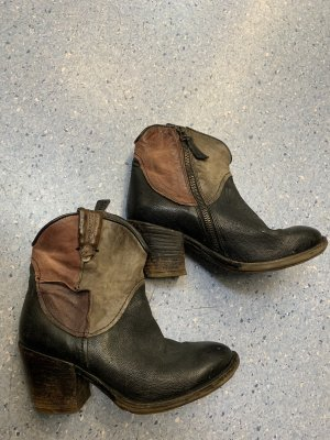 Air Step Western Booties multicolored