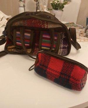 Schöne Stoff Handtasche mit Kosmetiktasche