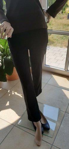 Schöne Stoffhose in Schwarz