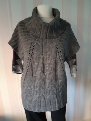 Knitted Vest grey