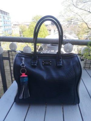 Schöne Tasche von Paul's Boutique schwarz mit heller Seite