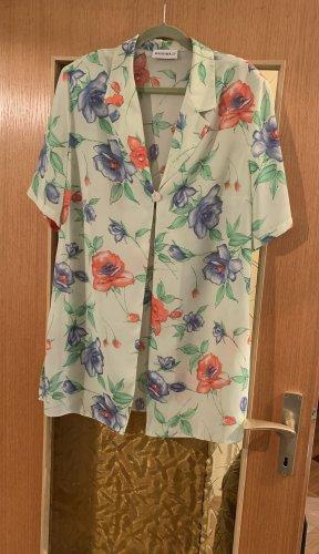 Schöne transparente Blusen Jacke von MARKWALD