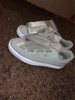 Schöne unbenutzte Puma Schuhe