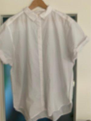 Schöne und locker sitzende Bluse