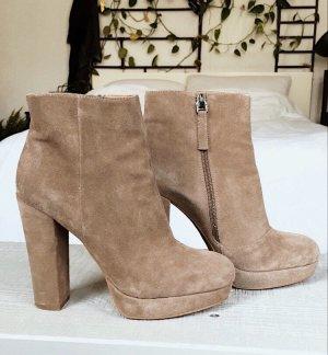 Görtz Shoes Stivaletto con plateau beige