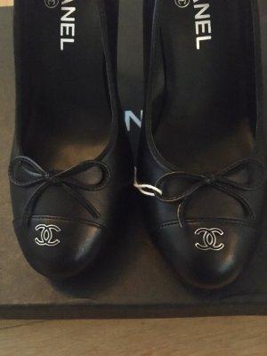 Chanel High Heels black