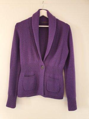 schöne weiche und stretchige Strickjacke in Violett