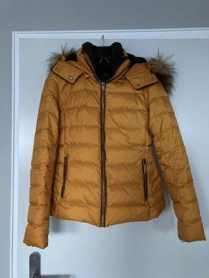 Schöne Winterjacke von Zara