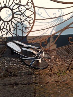 Strauss Sandalias de tacón con talón descubierto blanco-negro