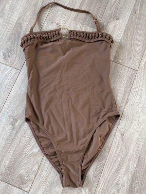 Traje de baño color bronce-marrón