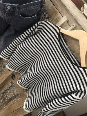Schöner Cropped Pullover Woll-/Baumwoll Mix von COS