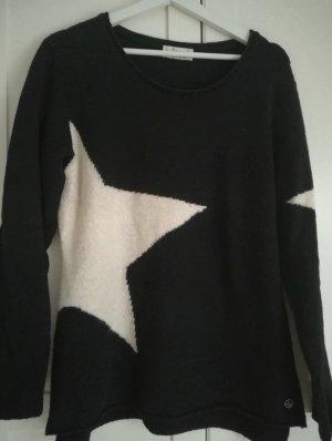 schöner kuscheliger Pullover