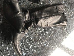 Schöner Leder Stiefel