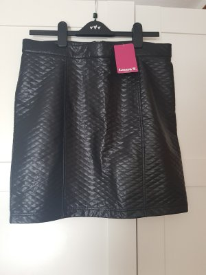 Laura T: Faux Leather Skirt black-silver-colored