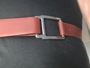 Prada Cinturón de cuero coñac