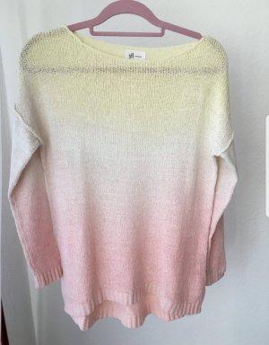 Schöner Pullover mit Farbverlauf
