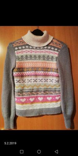 Schöner Pullover, tolle Muster, selfmade