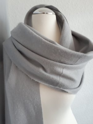 HM Écharpe à franges gris clair polyester
