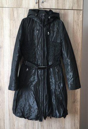 Schöner schwarzer Mantel von Steilmann