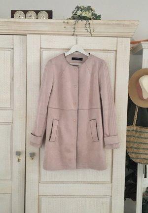 Schöner Scuba Mantel von Zara, Rauleder Look