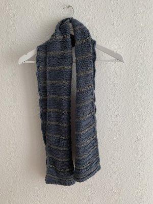 Schöner Strickschal von Set blau/silber