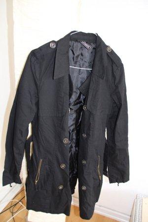 Schöner Trenchcoat in schwarz - ungetragen und aus Baumwolle!